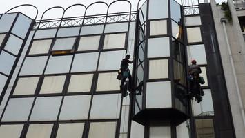 Nettoyage des vitres en hauteur et vitres d'accès dificile